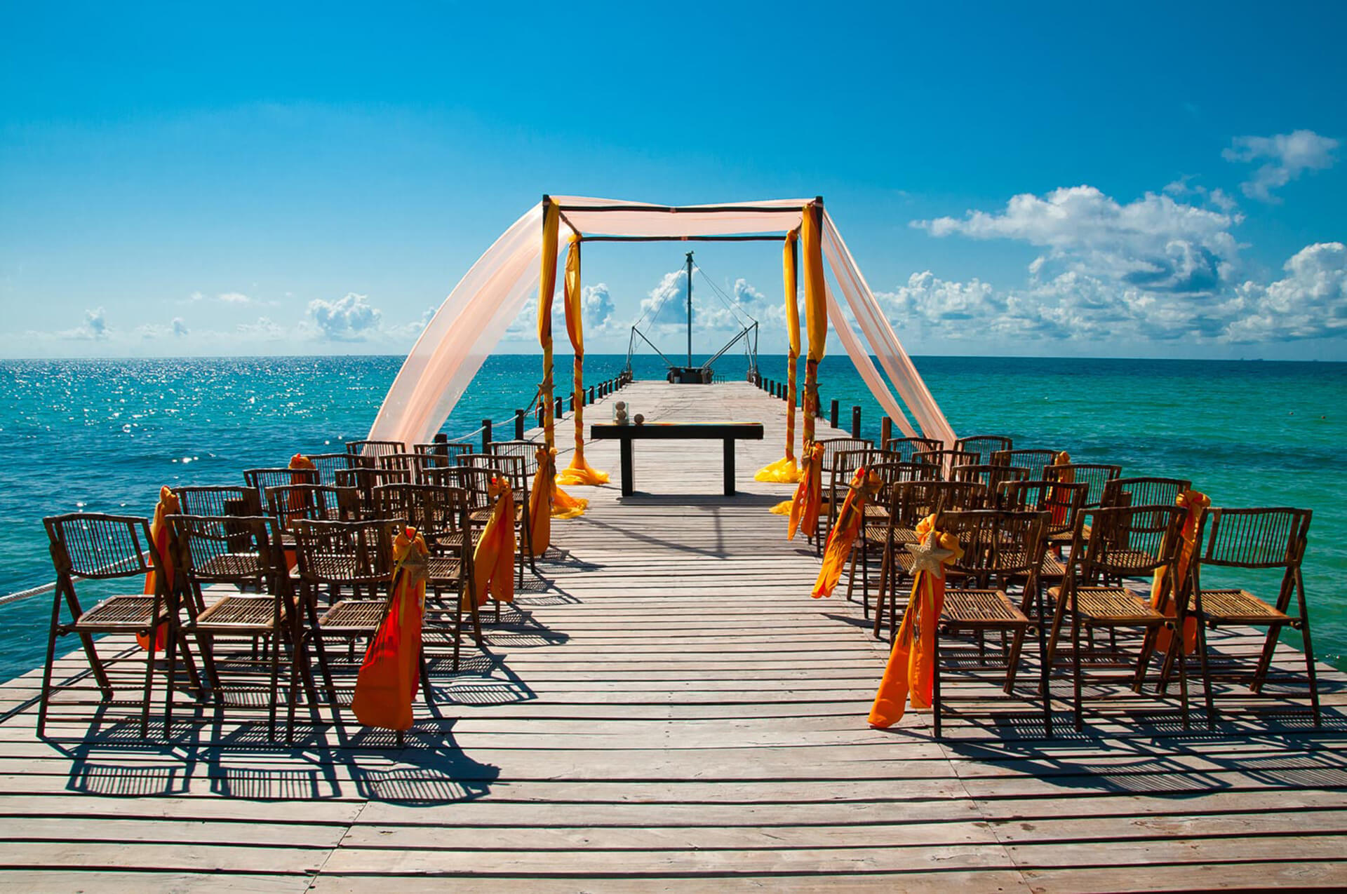 How To Get Married In Mexico Bluebay Hotels And Resorts